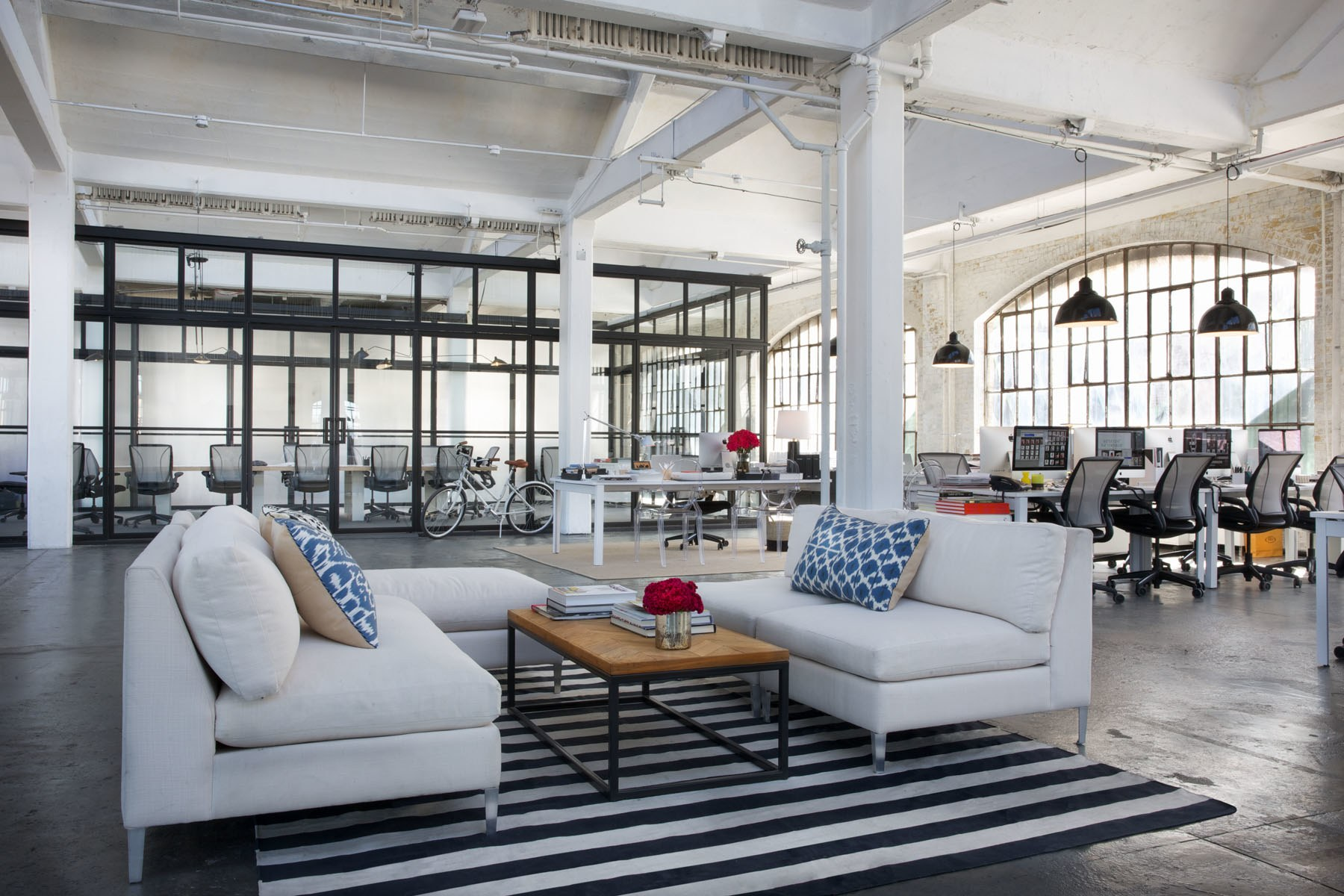 """Tips & Tricks from the set design of """"The Intern""""."""