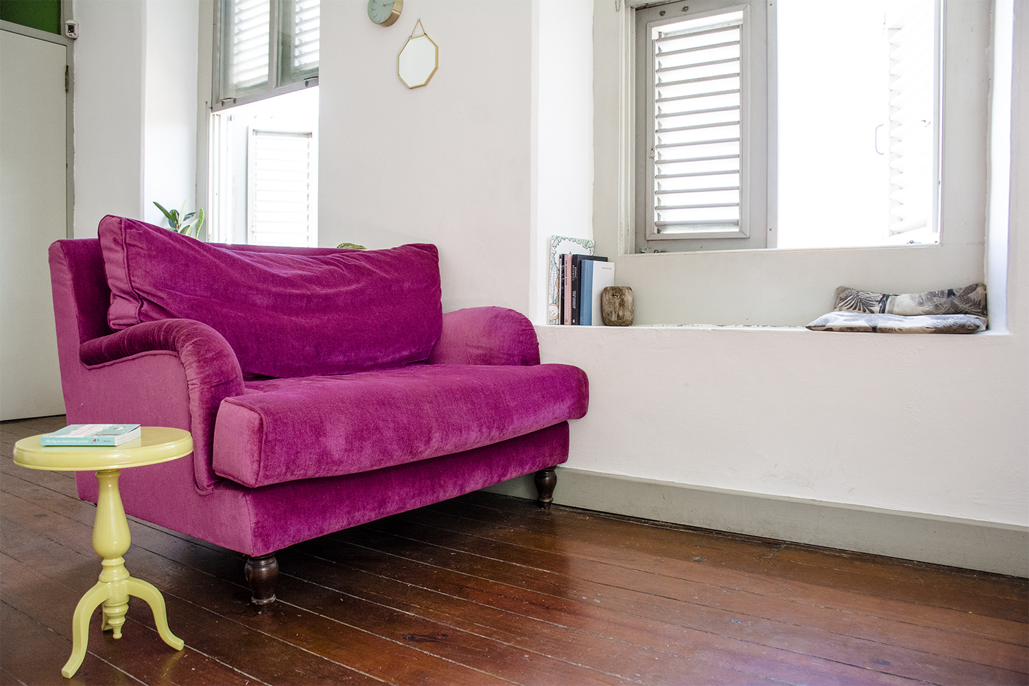 4 ways to add pops of color in your space